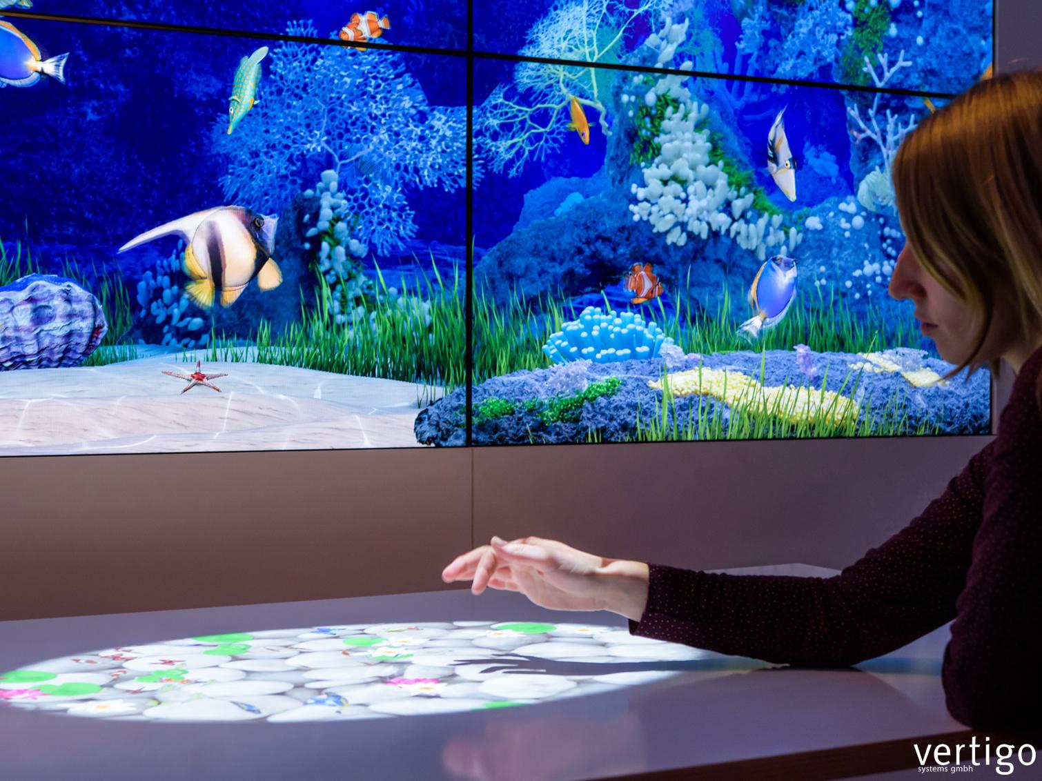 interaktive projektion auf b den w nde tische vertigo. Black Bedroom Furniture Sets. Home Design Ideas