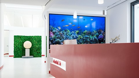 Interaktives virtuelles 3D-Aquarium
