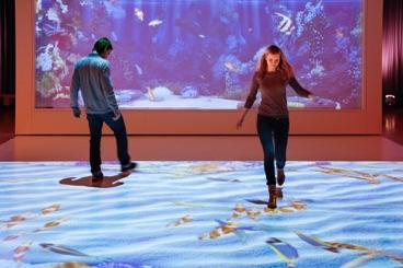 Living aquarium interaktive fl chen f r boden wand und for Boden aquarium